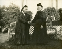 1895 Janet and sister Sally