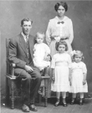 1915 George and Rosa Kids