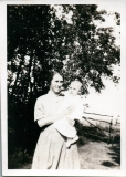 1922 Lottie and Eveleen at 10 mnth